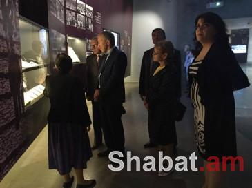 Հայոց ցեղասպանության թանգարան են այցելել ՌԴ և Ֆրանսիայի պատվիրակները (լուսանկարներ)