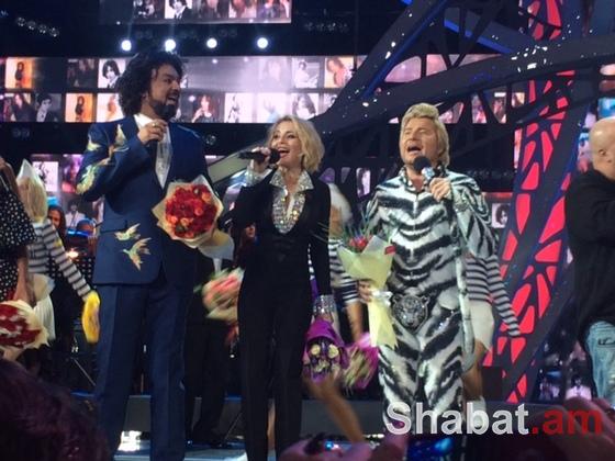 «Նոր ալիք» մրցույթի ժամանակ Նիկոլայ Բասկովի հագուստը շոկի է ենթարկել հանդիսատեսին (լուսանկարներ)