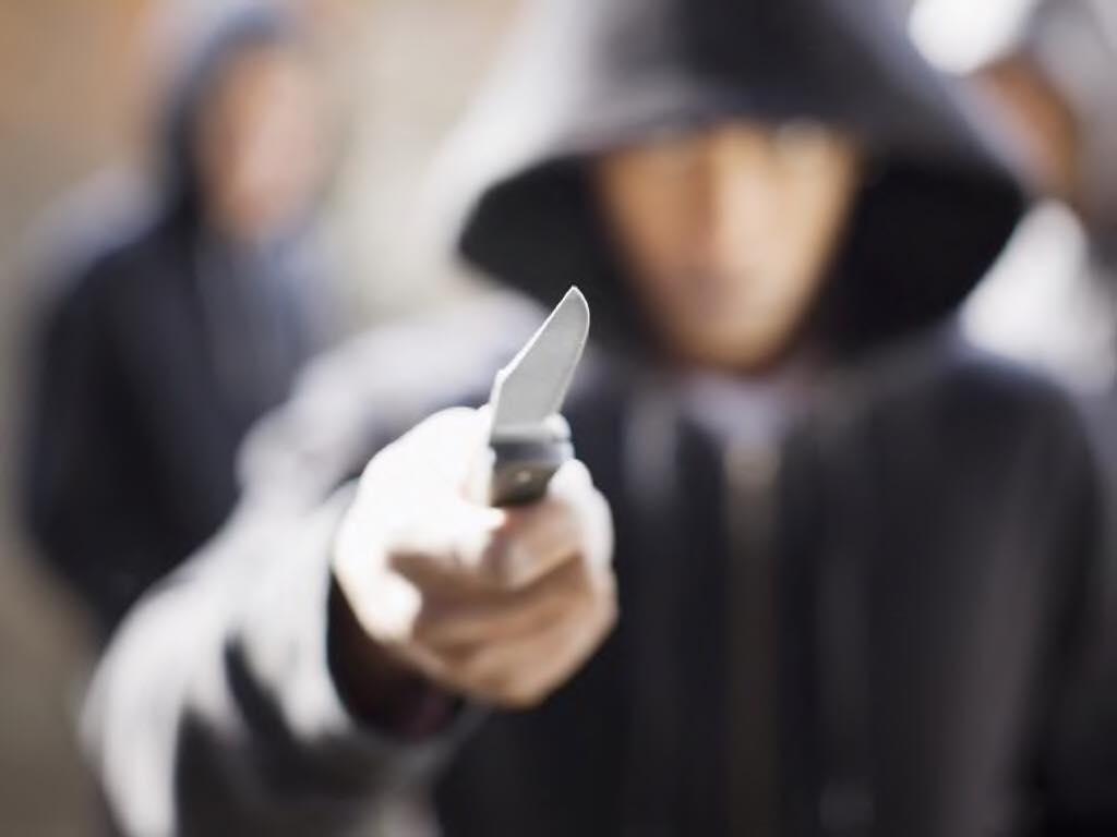 Խաղալիք դանակով սպառնալով՝ թալանել են Երևանի դեղատներից մեկը