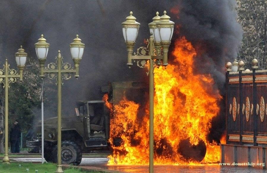 Ադրբեջանի զինվորականները այրել, պայթեցրել են «Ուրալ» մակնիշի ավտոմեքենան` սեփական զինվորների 18 դիակների հետ միասին