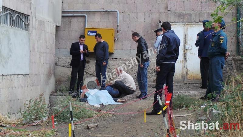 Ողբերգական դեպք Երևանում. Իսակովի 38/1 շենքի բակում հայտնաբերվել է ՀՀ ՊՆ նախկին աշխատակից, 28-ամյա երիտասարդի դի