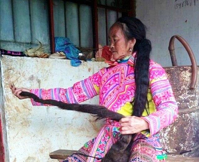 Մեր օրերի Ռապունցելը. չինուհին մազերը 35 տարի չի կտրել (լուսանկարներ)