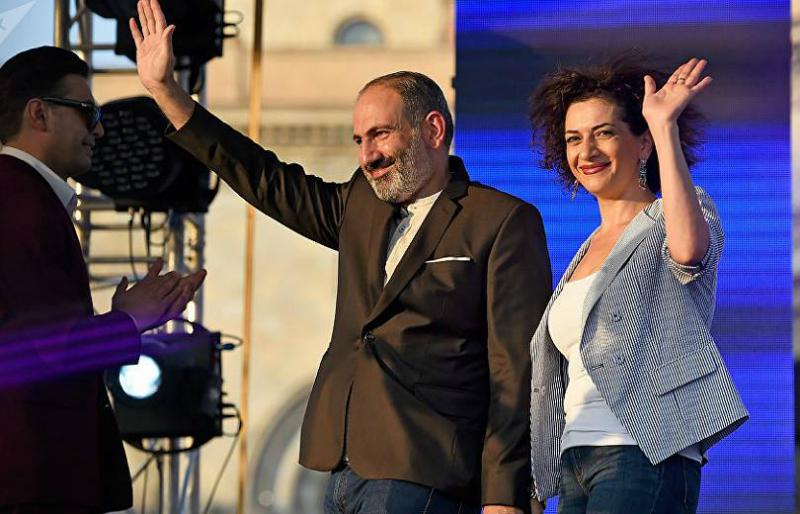 Նիկոլ Փաշինյանն ու Աննա Հակոբյանն առավոտյան կմեկնեն Արցախ