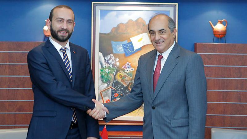 Խոսեցի Կիպրոսի խորհրդարանի նախագահ, իմ եղբայր Դիմիտրիս Սիլուրիսի հետ. Արարատ Միրզոյան