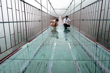 Աշխարհի ամենաերկար ապակե կամուրջը` Չինաստանում