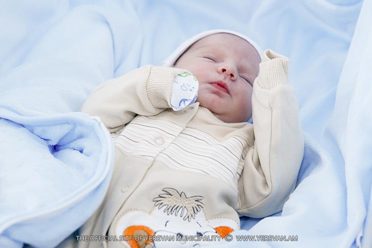 Հոկտեմբերի 13-19-ը մայրաքաղաքում ծնվել է 408 երեխա