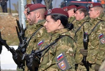 Սլովենիան բանակի միջամտությամբ կկանգնեցնի փախստականների հոսքը
