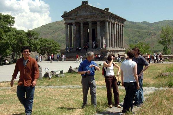 Հայաստան այցելած զբոսաշրջիկների թիվը վեց ամսում աճել է 10.2 տոկոսով. ԱՎԾ