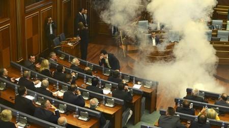 Կոսովո. բողոքի ակցիաներ խորհրդարանում և փողոցներում