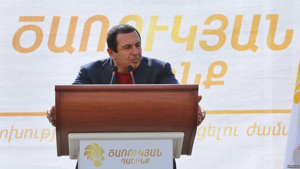 Շվարել են. Ինչպես կքվեարկի «Ծառուկյան» դաշինքը վարչապետի ընտրություններին. «Ժամանակ»