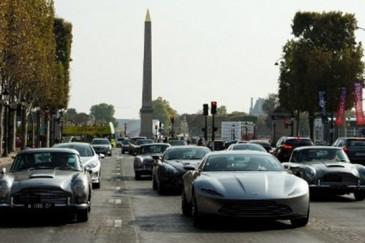 Փարիզում անցկացվել է Ջեյմս Բոնդի մեքենաների շքերթ