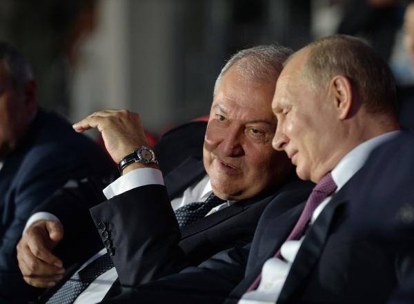 Ինչի մասին են խոսել Սարգսյանն ու Պուտինը Եվրոպական խաղերի փակմանը