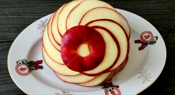 Խնձորը գեղեցիկ մատուցելու տարբերակ (վիդեո)