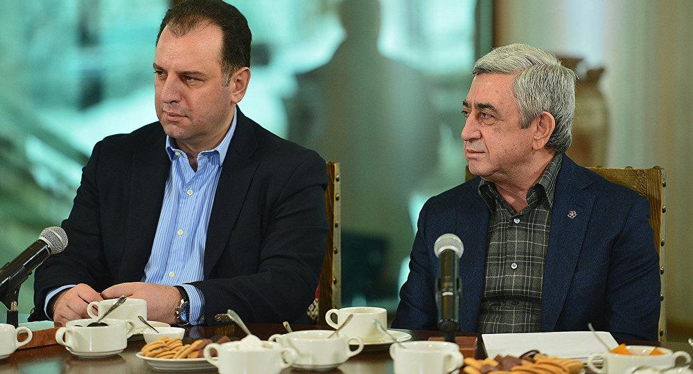Վիգեն Սարգսյանը՝ Ազատիչի ժառանգորդ. «Ժամանակ»