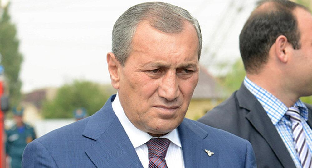 Պատրաստ եմ ծառայել Հայաստանի զինված ուժերում․ Սուրիկ Խաչատրյանի որդին դիմում է Պաշտպանության նախարարին