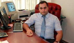 Վեց հայտնի փաստաբաններ բացատրություն են ակնկալում ՓՊ նախագահ Արա Զոհրաբյանից