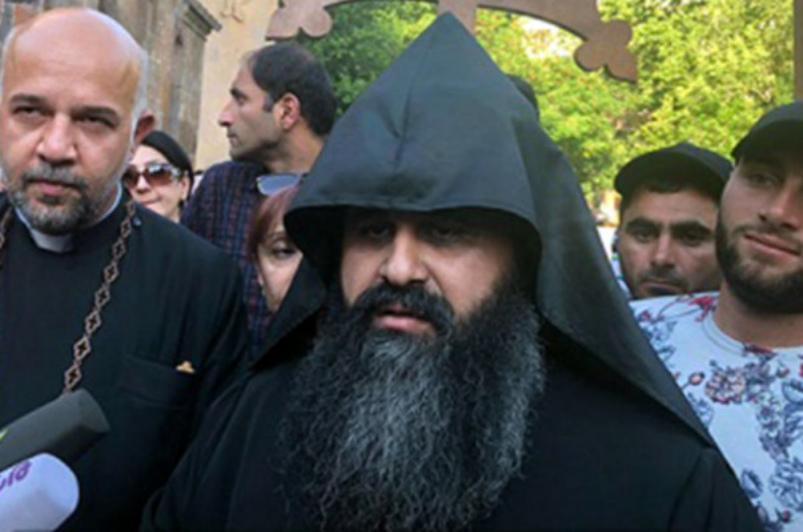 Հոգեշնորհ Տ. Կորյուն աբեղա Առաքելյանն ազատվել է Ս. Գայանե վանքի վանահոր պարտականություններից