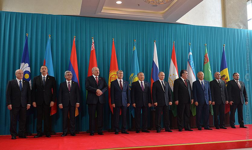 Նախագահ Սերժ Սարգսյանը մասնակցել է ԱՊՀ պետությունների ցեկավարների խարհրդի նիստին (լուսանկարներ)