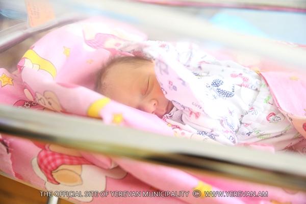 Մարտի 30-ից ապրիլի 5-ը մայրաքաղաքում ծնվել է 376 երեխա