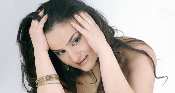 Այսօր հայ երգչուհի Վարդուհի Վարդանյանի ծննդյան 43 ամյակն է