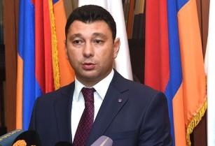 ՀՀ Նախագահը ներկայացրել է 3 կետեր, որոնց պարագայում միայն Հայաստանը կգնա ԼՂՀ բանակցությունների