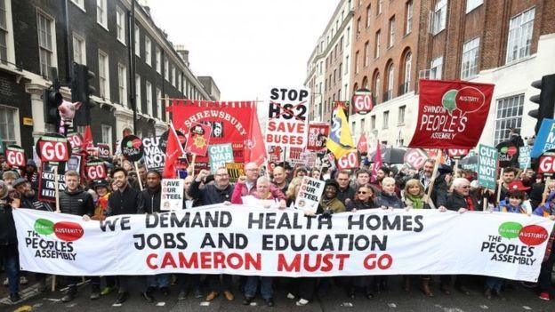 Լոնդոնի կենտրոնում շուրջ 150 հազար մարդ դուրս է եկել ցույցի տնտեսական կոշտ միջոցառումների դեմ