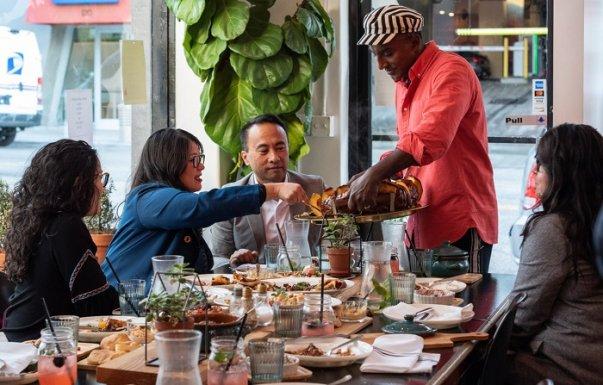 «Հայերը տունը համարում են ամբողջ ընտանիքի հանդիպման եւ լավագույն ուտելիքի անփոփոխ վայրը». Մարկուս Սեմյուելսոն