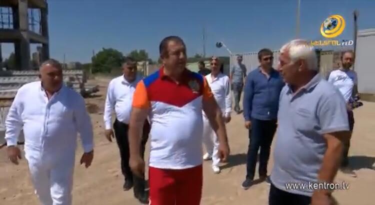 Գագիկ Ծառուկյանն այցելել է Աբովյանում կառուցվող երիտասարդական թաղամասի շինհրապարակ