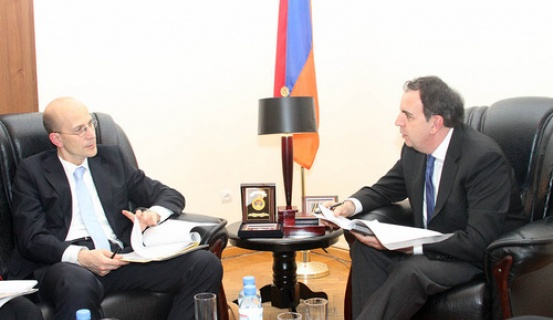 Հայաստանի ԱԳ նախարարի տեղակալի հանդիպումը Գերմանիայի ԱԳՆ հանձնակատարի հետ