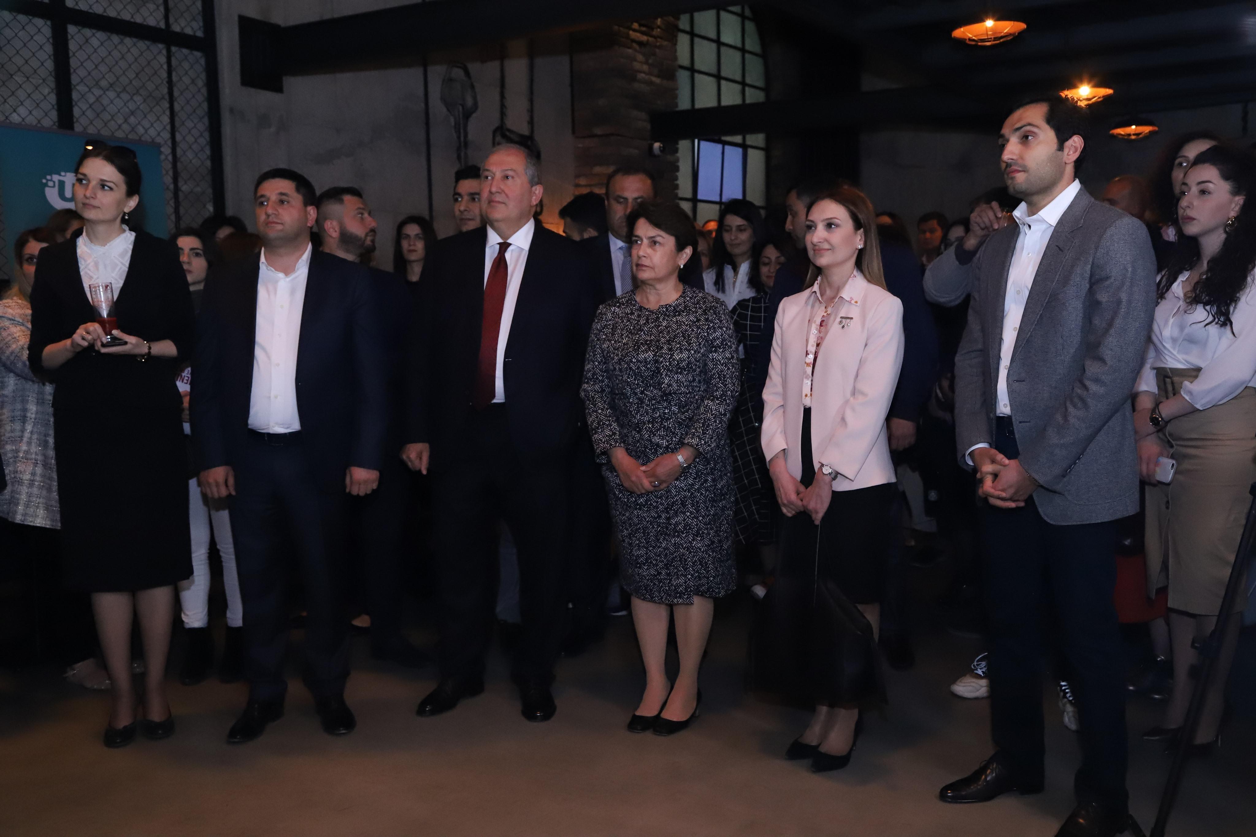 Նախագահ Արմեն Սարգսյանը ներկա է գտնվել Ucom-ի և «Creative Armenia»-ի ստեղծարար երիտասարդների միջոցառմանը