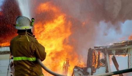Աբովյանում այրվում է խոտածածկ տարածք