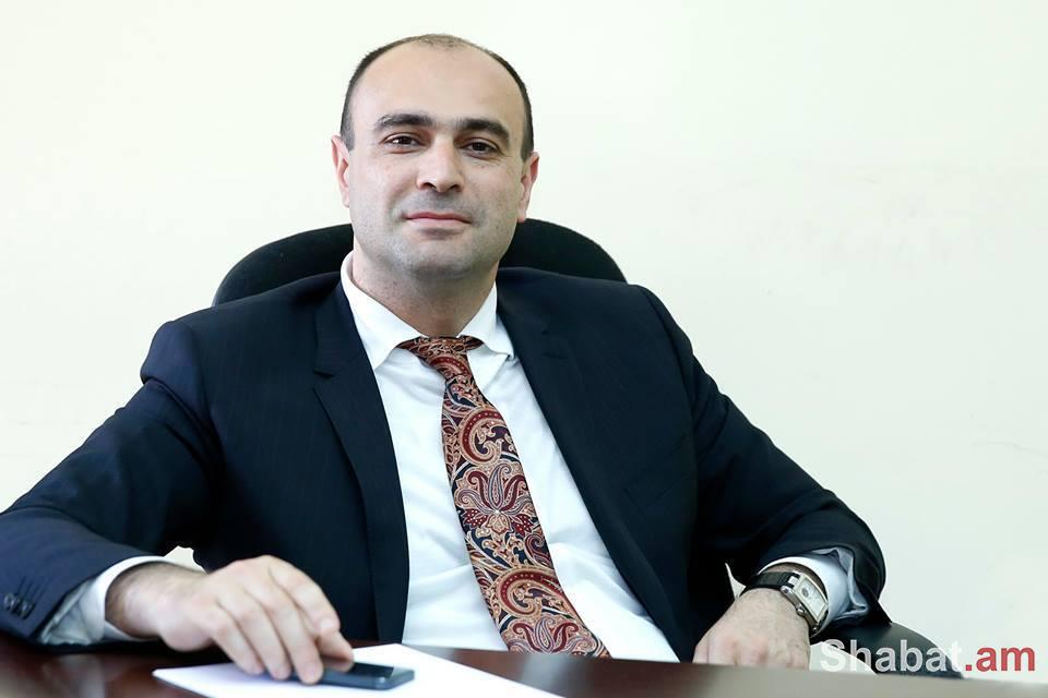 «Էրեբունի-Երևան»-ը իմ ընտանիքում հենց ընտանեկան տոներից է. Կամսար Բաբինյան