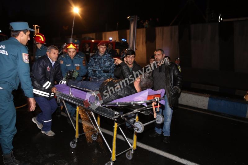 Խոշոր ավտովթար Երևանում. 33-ամյա վարորդը թունելի տակ՝ «կասկադյորական» վթարի հեղինակ. փրկարարների և բժիշկների օպերատիվ գործողությունների շնորհիվ նա փրկվել է. (լուսանկարներ)