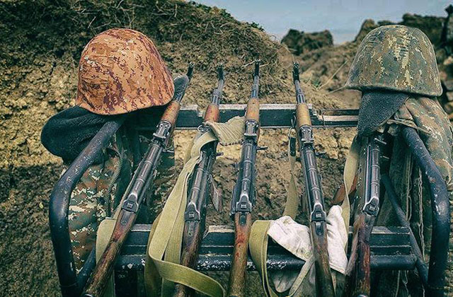 Արծրուն Հովհաննիսյանը հրապարակում է զոհվածների լուսանկարները