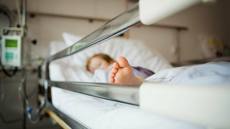 7-րդ հարկից ընկած ու ծանր վիճակով հիվանդանոց ընդունված 6-ամյա աղջնակի մոտ կա լավացման դրական դինամիկա