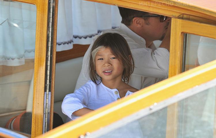 Մայրը նրան թողել էր մանկատան առաջ. Ջոլիի և Փիթի որդեգրած երեխայի հուզիչ պատմությունը (լուսանկարներ)