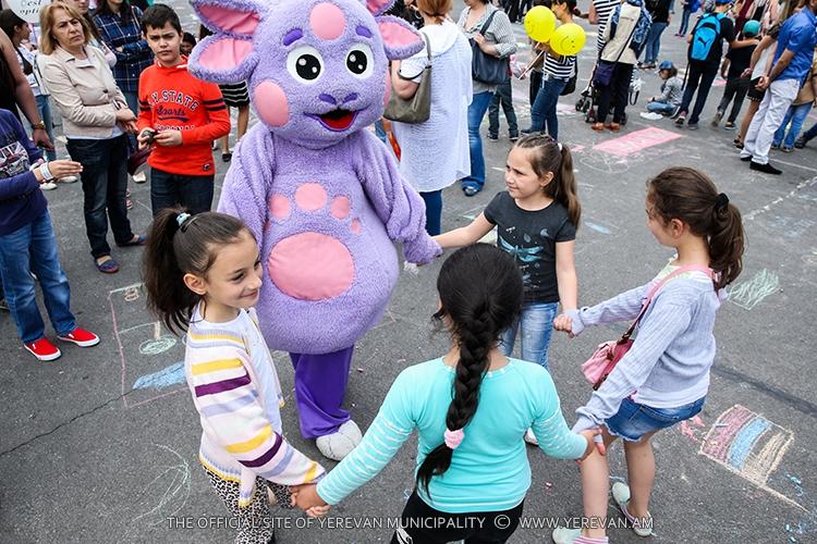 Հունիսի 1. 2800-ամյա Երևանը երեխաների աչքերով (ֆոտո)