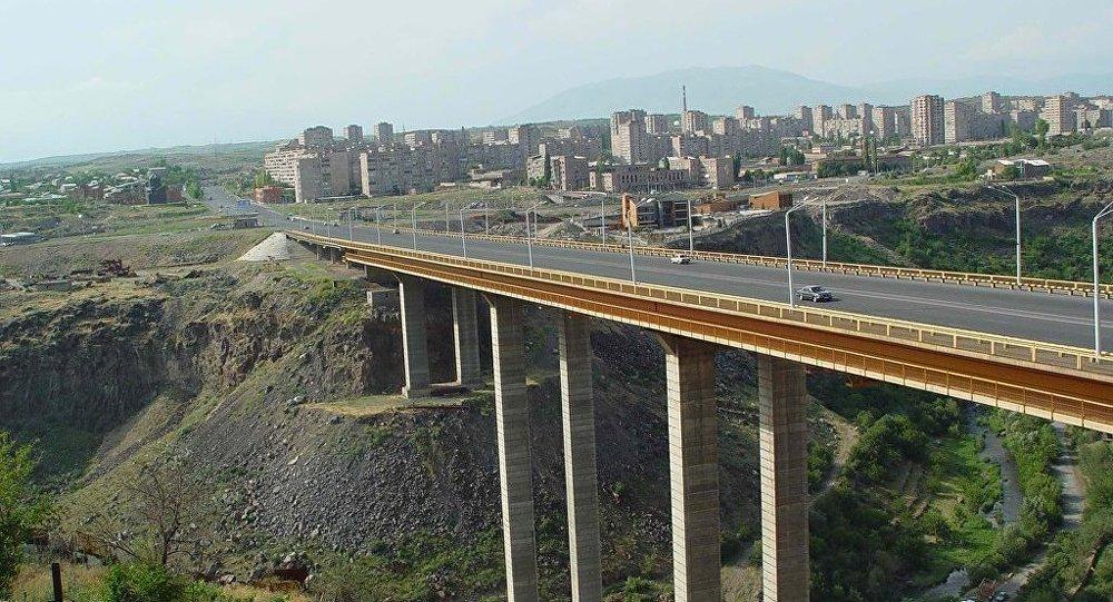 Երևանում քաղաքացին փորձել է ինքնասպան լինել՝ նետվելով Դավիթաշենի կամրջից