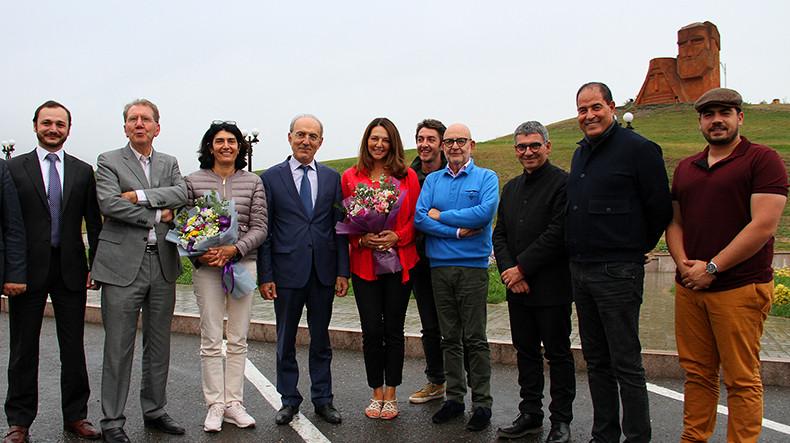 Ֆրանսիացի խորհրդարանականների պատվիրակությունը Ստեփանակերտում է