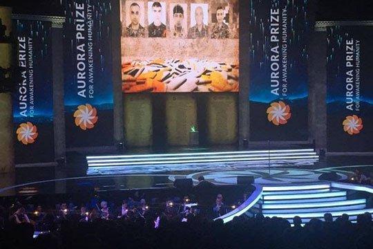 «Ավրորա» մրցանակաբաշխությանը ցուցադրվել են քառօրյա պատերազմում զոհված զինվորների լուսանկարները