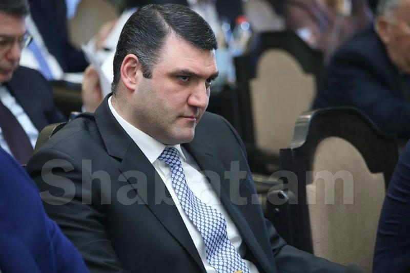 Հայտնի հայտարարությունից հետո՝ երեկոյան, Գևորգ Կոստանյանը գնացել է ՀՀԿ գրասենյակ․ «Հրապարակ»