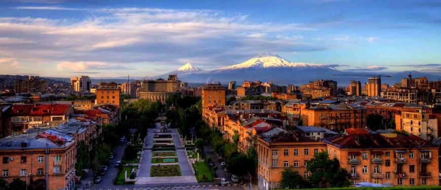 Երևան հարյուր հազարավոր մարդիկ են մեկնում հանգստանալու