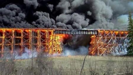 Կանադայում «կասկածելի հրդեհը» 2 ժամում ոչնչացրել է կամուրջը