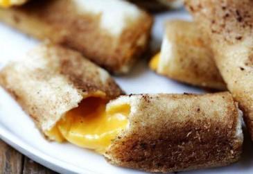 Օրիգինալ, համեղ և արագ պատրաստվող տապակած հաց ու պանիր
