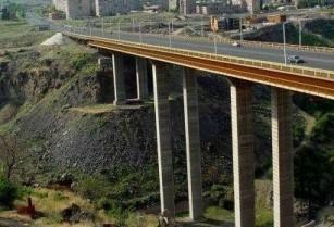 Ոստիկանները կանխել են Դավթաշենի կամրջից ինքնասպանության փորձը