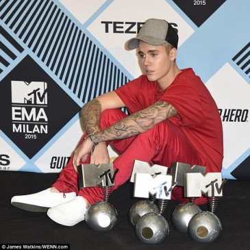 Բիբերն MTV Europe Music Awards-ի ժամանակ արժանացել է 5 մրցանակի (լուսանկարներ)