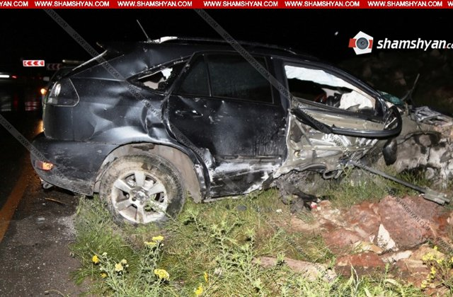 Խոշոր ավտովթար Արագածոտնի մարզում. վիրաբուժական բաժնի վարիչն ու վիրաբույժը տեղափոխվել են հիվանդանոց