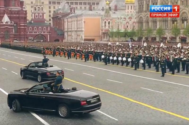 Մոսկվայի Կարմիր հրապարակում տոնական շքերթ է. LIVE