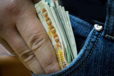 Մասիսում հյուրը տանտիրոջ ներքնակի տակից 307 հազար դրամ է գողացել