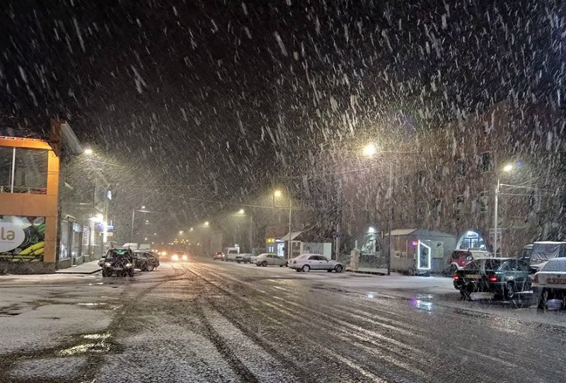 Վանաձոր-Ապարան ճանապարհին ուժեղ ձյուն է․ ահազանգ